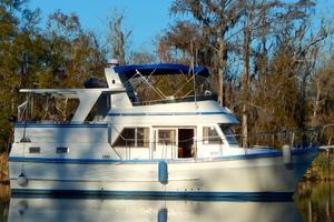 38' Marine Trader Double Cabin 1986 00 38' Marine Trader Midas Touch 2.JPG