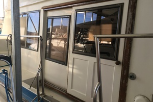 38' Marine Trader Double Cabin 1986 Midas Touch 1986 Marine Trader 38 Double Cabin Exterior Starboard door.JPG