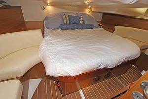 45' Jeanneau Sun Odyssey 45 Shoal Draft 2007 Aft Cabin W/Bed Centered And Settee's Port & Starboard