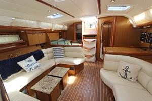 45' Jeanneau Sun Odyssey 45 Shoal Draft 2007 Salon View Looking Aft From Forward Guest Cabin
