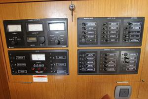 45' Jeanneau Sun Odyssey 45 Shoal Draft 2007 AC/DC Electrical Panels