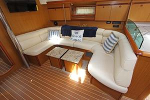 45' Jeanneau Sun Odyssey 45 Shoal Draft 2007 Convertible Sette (Also Has Table, Refer To Manufactured Provided Image)