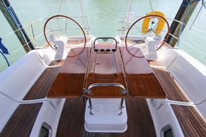 45' Jeanneau Sun Odyssey 45 Shoal Draft 2007 Folding Teak Cockpit Table