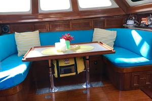50' Mikelson Pilothouse Cutter 1987 50 Mikelson Salon Settee 3