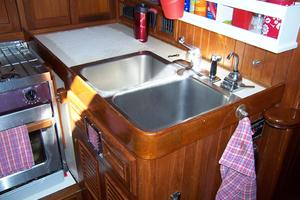 50' Mikelson Pilothouse Cutter 1987 50 Mikelson Galley Sink