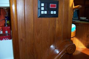 50' Mikelson Pilothouse Cutter 1987 50 Mikelson A/C Controls