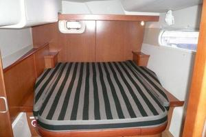 47' Leopard 47 PC 2008 Aft Cabin Port
