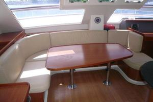 47' Leopard 47 PC 2008 Salon with stock table (stored)