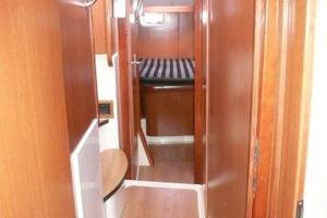 47' Leopard 47 PC 2008 Corridor Port