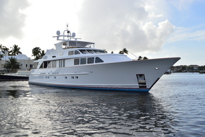 106' Burger 106 Raised Pilothouse 2004 Profile 4.JPG