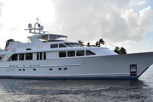 106' Burger 106 Raised Pilothouse 2004 Profile 5.JPG