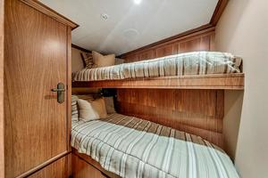 106' Burger 106 Raised Pilothouse 2004 Wow (8).jpg