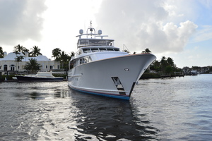 106' Burger 106 Raised Pilothouse 2004 Profile 3.JPG
