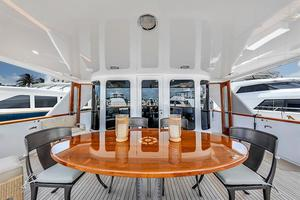 106' Burger 106 Raised Pilothouse 2004 Wow (3).jpg