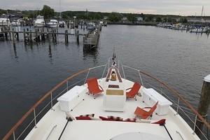 53' Hatteras Motor Yacht 1981 Forward