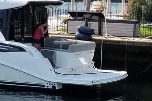47' Sea Ray 470 Sundancer 2015 Hydraulic swim platform-lift