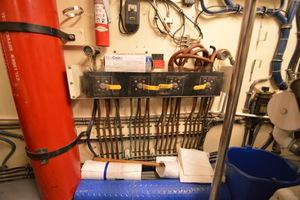 54' Hatteras 54 Edmy 1990 1990 Hatteras 54 ED, fuel switching