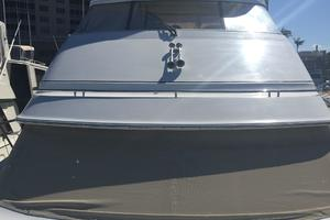 46' Carver 466 Hard Top Motor Yacht 2001