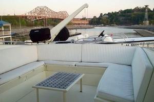 60' Hatteras Motor Yacht 1988 Upper Deck w/ Tender