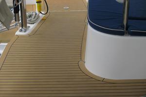 48' Leopard 48 2015 Composite deck