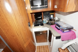 41' Regulator 41 2016 Galley