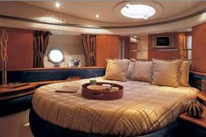 50' Azimut 50 2005 Manufacturer Provided Image: Master Cabin