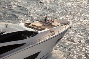 86' Sunseeker 86 Yacht 2014 Manufacturer Provided Image: Sunseeker 86 Yacht