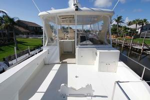 55' Hampton 558 Pilothouse 2006 Hampton 558 Pilothouse Upper Deck