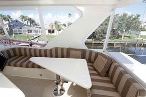 55' Hampton 558 Pilothouse 2006 Hampton 558 Pilothouse Sky Lounge