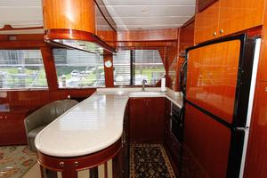 55' Hampton 558 Pilothouse 2006 Hampton 558 Pilothouse Galley