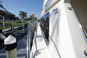 55' Hampton 558 Pilothouse 2006 Hampton 558 Pilothouse Gunwales