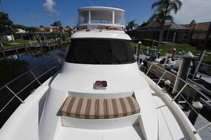 55' Hampton 558 Pilothouse 2006 Hampton 558 Pilothouse Forward Deck Seating