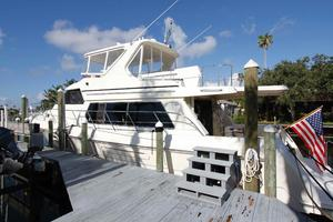 55' Hampton 558 Pilothouse 2006 Hampton 558 Pilothouse
