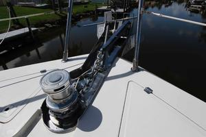 55' Hampton 558 Pilothouse 2006 Hampton 558 Pilothouse Windlass, Anchors