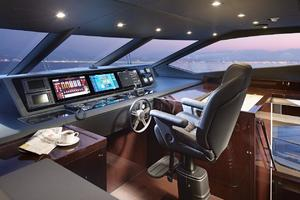 95' Sunseeker 95 Yacht 2019 Manufacturer Provided Image: Sunseeker 95 Yacht Helm