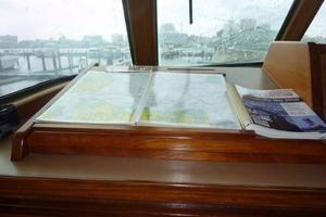 58' Hatteras Flybridge 1987 Pilothouse Chart Table
