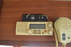 44' Marine Trader Tri Cabin 1978 Marine Trader 44 Classic Trawler ICOM VHF IC-M59 with Linear Amplifier