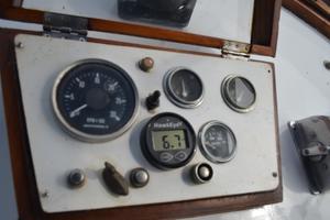 44' Marine Trader Tri Cabin 1978 Marine Trader 44 Classic Trawler Instrument Cluster