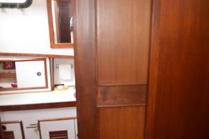 44' Marine Trader Tri Cabin 1978 Marine Trader 44 Classic Trawler FWD Sliding Door