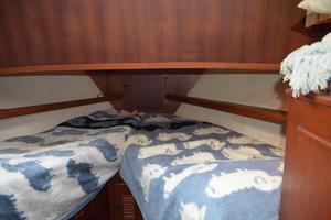 44' Marine Trader Tri Cabin 1978 Marine Trader 44 Classic Trawler Forward Stateroom