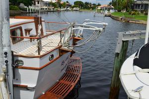 44' Marine Trader Tri Cabin 1978 Marine Trader 44 Classic Trawler Island Roamer Stern/Davits
