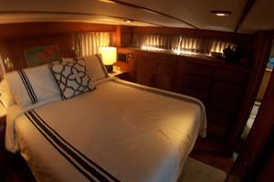 photo of DeFever-Trawler-2003-SKINNY-DIPPER-Stuart-Florida-United-States-Master-Stateroom--Island-Berth-762931