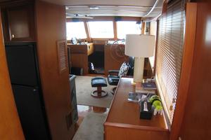 photo of DeFever-Trawler-2003-SKINNY-DIPPER-Stuart-Florida-United-States-Salon-Entranceway-762906