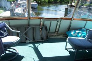 48' Chb Seamaster Sundeck 1989 48ChungHwaAftDeck2