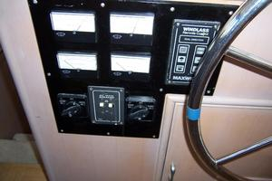48' Chb Seamaster Sundeck 1989 48ChungHwaLowerGuages