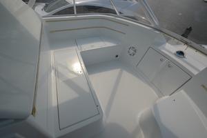 58' Buddy Davis 58 Sportfish Convertible 2003 Seating/Storage
