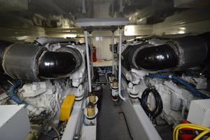 58' Buddy Davis 58 Sportfish Convertible 2003 Engine Room