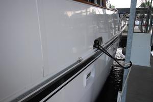 53' Hatteras 53 Motor Yacht 1973 Starboard Shine
