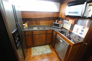 53' Hatteras 53 Motor Yacht 1973 Galley