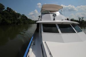 53' Hatteras 53 Motor Yacht 1973 Port from Bow